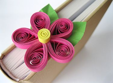 Wednesday Tutorial - Quilled Flower Bookmark