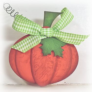Chipboard Pumpkin - Wednesday Tutorial